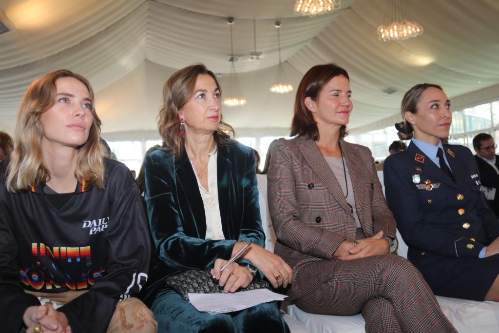 Brisa Fenoy, Marta Michel y Samantha Vallejo